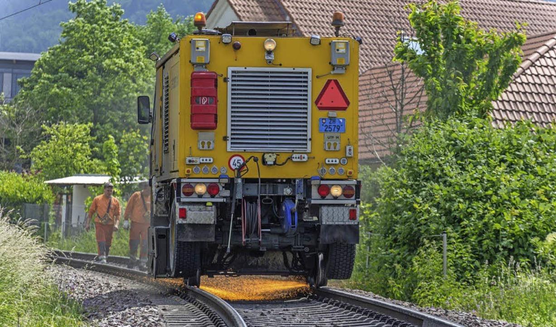 Bei der Schleifung der Gleise vor gute...naten flogen schon einmal die Funken.   | Foto: Archivfoto: Ernst schindl