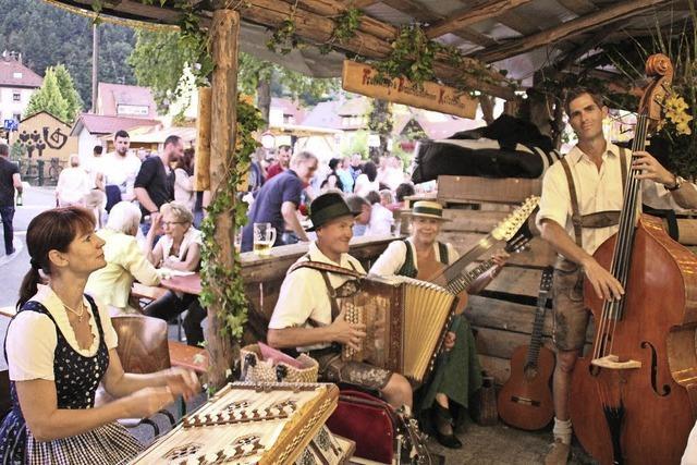 Rekord-Stadtfest: Elzach drei Tage Partymeile