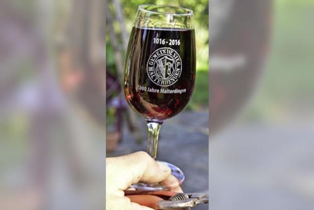 1000 Jahre: Jubiläums-Weinglas zum Malterdinger Weinfest