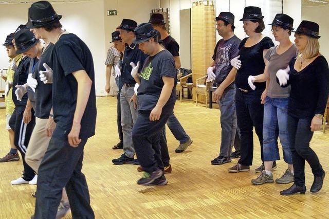 Wenn Menschen mit und ohne Behinderung gemeinsam tanzen lernen