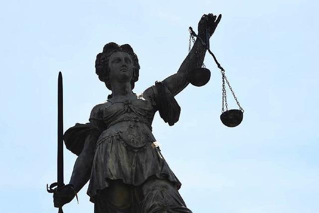 Mann ersticht seine Freundin – Anklage wegen Totschlags
