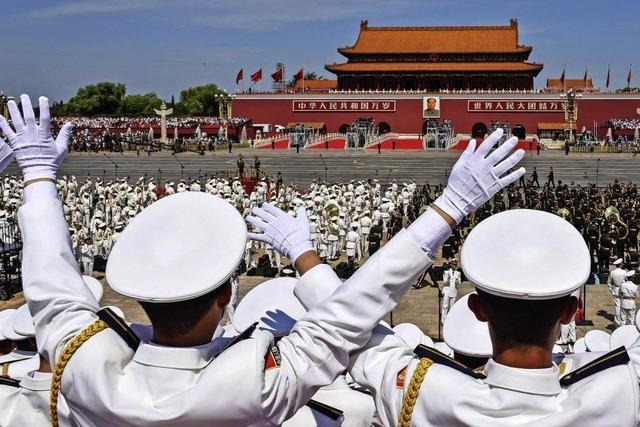 China berauscht von seiner Armee