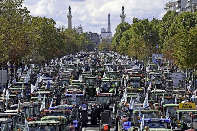 Mit 1500 Traktoren nach Paris