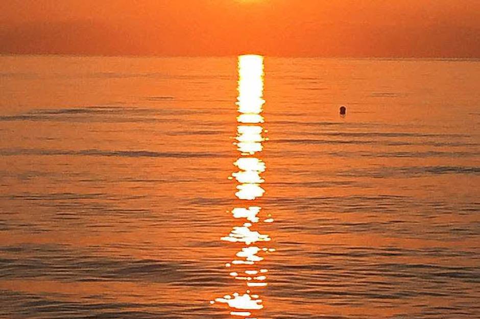 Sonnenaufgang bei San Teodoro auf Sardinien im August um 7 Uhr morgens von Julian Wieprecht aus Rheinfelden. (Foto: Julian Wieprecht / zvg)