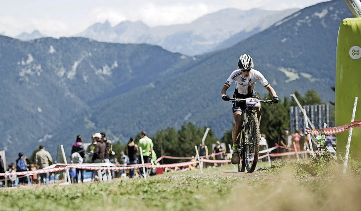 Adelheid Morath, Profi-Mountainbikerin...de trotz Sturzpech auf den 13. Platz.   | Foto: armin küstenbrück