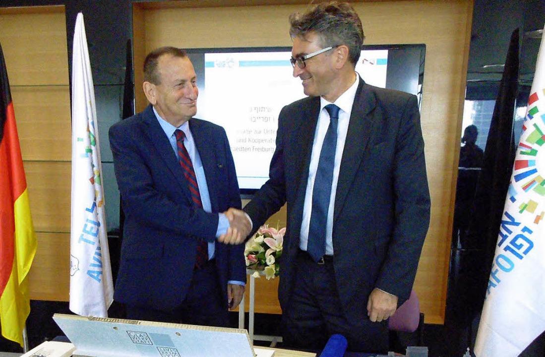 Tel Avivs Bürgermeister Ron Huldai (links) und Dieter Salomon   | Foto: privat