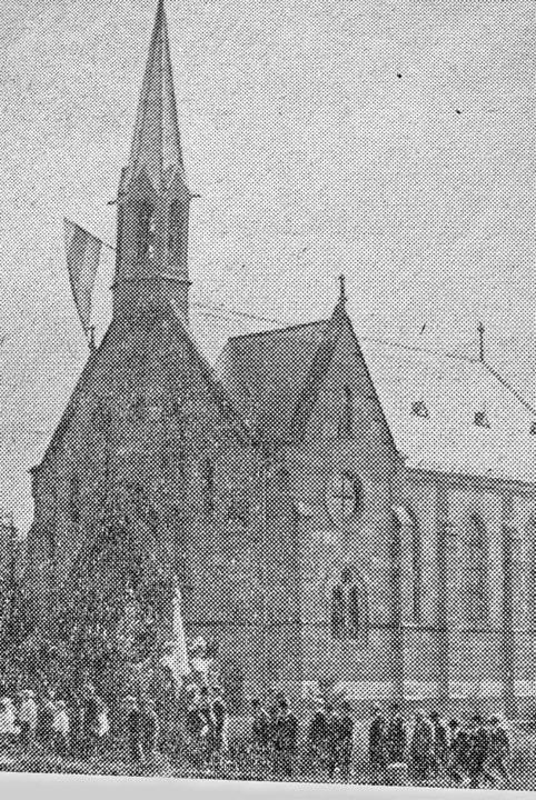 Die erste evangelische  Kirche  in Wehr wurde 1891 eingeweiht.  | Foto: Hansjörg Bader