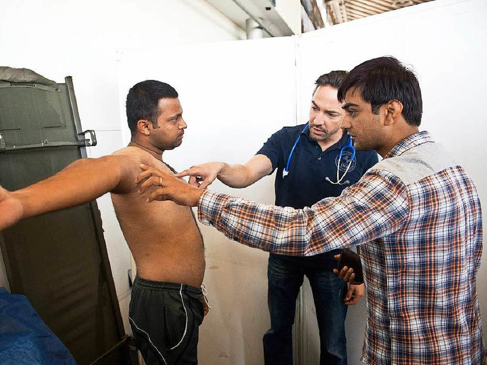 Freiburger Ärzte fordern eine bessere ...Betreuung der Flüchtlinge in der Stadt  | Foto: dpa
