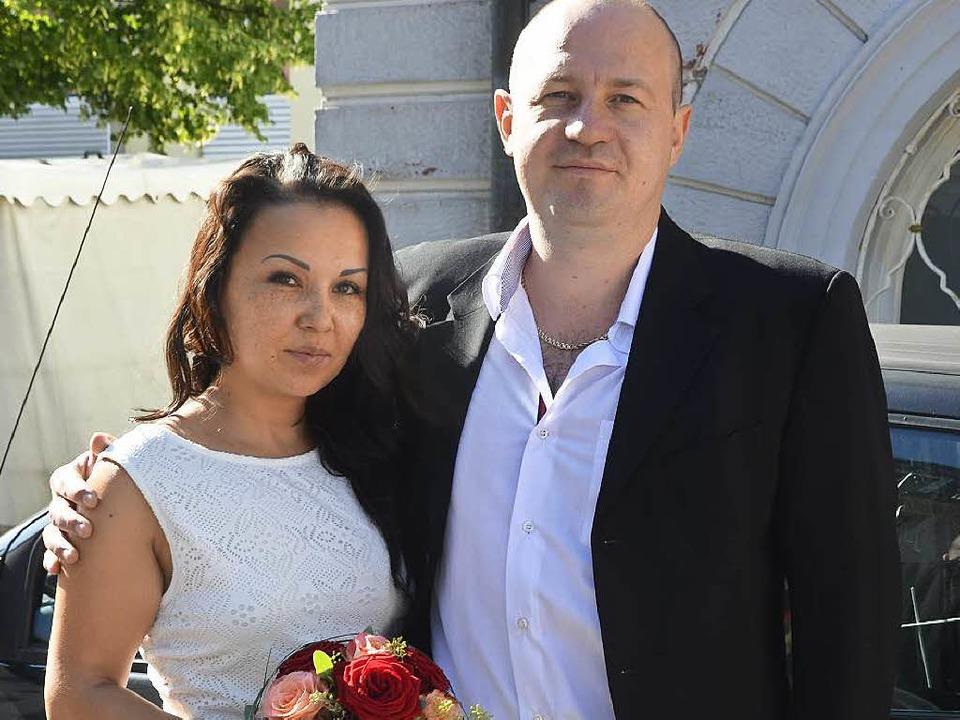 Zaria und Waldemar Lenhardt nach der Trauung  | Foto: Vanessa Heizmann