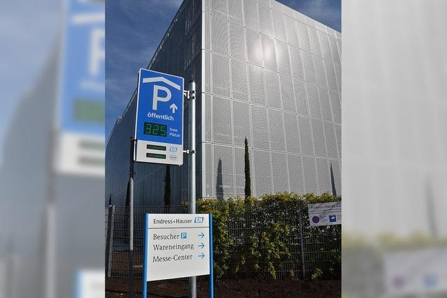 Parkleitsystem im Aufbau