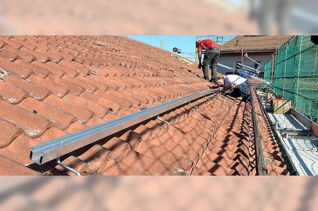 Rathausdach liefert bald Solarstrom