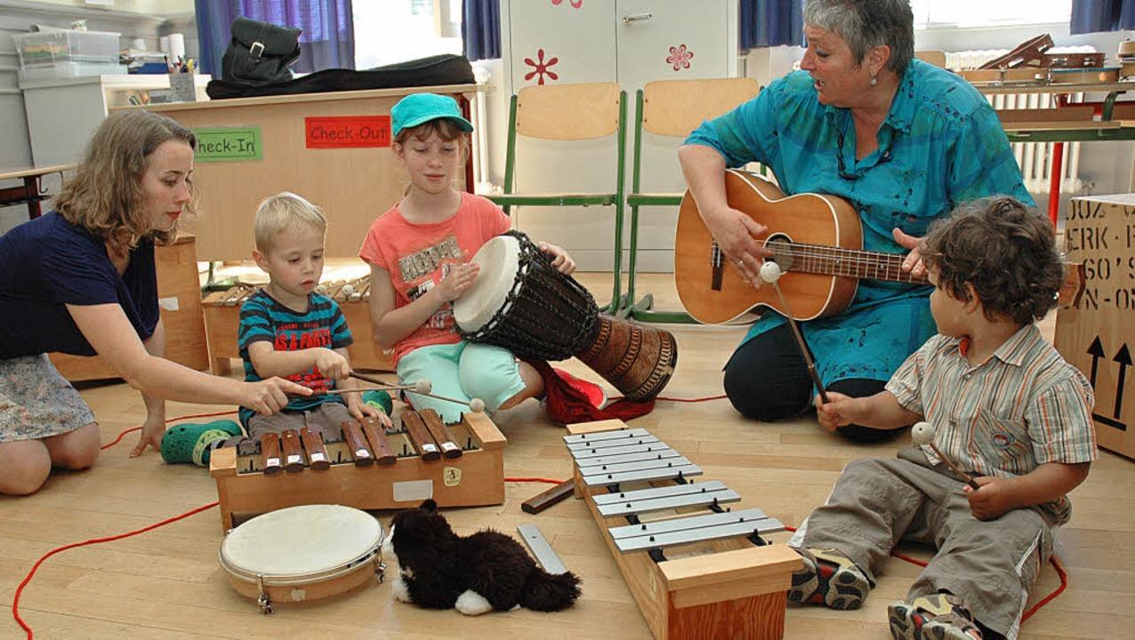 Schon für die  Kleinsten wartet  die Musikschule mit eigenen Angeboten auf.   | Foto: OUNAS-KRÄUSEL