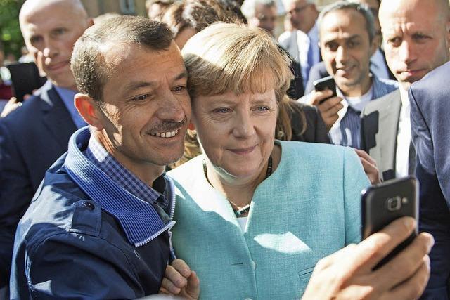 Kanzlerin lobt die Mitarbeiter im Bundesamt für Migration und Flüchtlinge