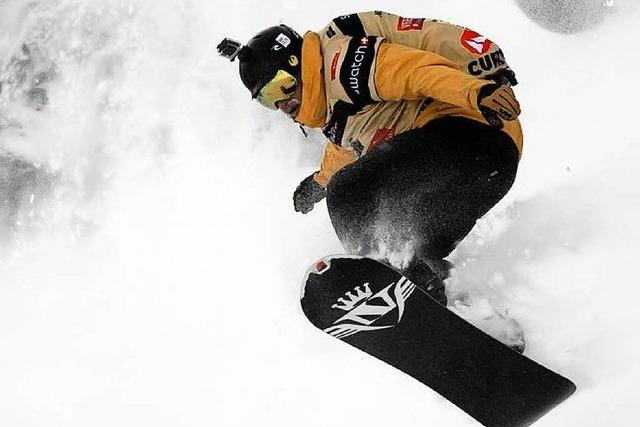 Snowboarder drehen Film über unentdeckte Abfahrten