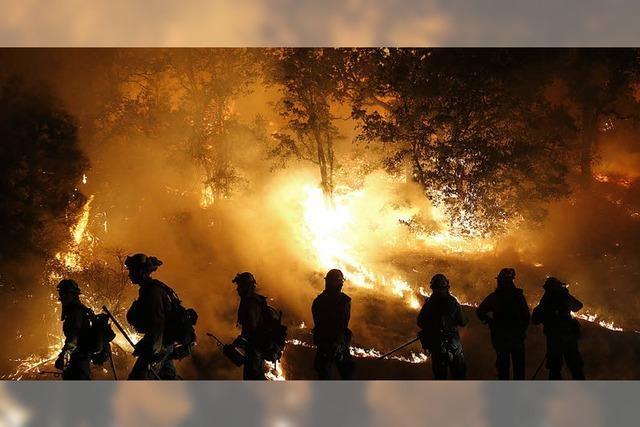 400 Häuser brennen nieder