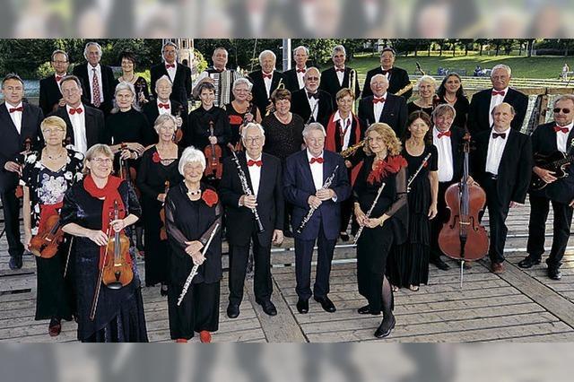 Das Freiburger Senioren-Salonorchester spielt im Kurhaus in Hinterzarten