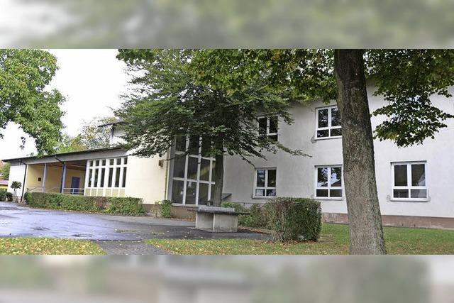 Altes Schulhaus soll Quartier für Flüchtlinge werden