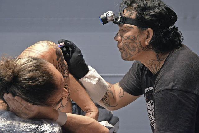 Zweitägige Tattoo- und Art-Show im Burghof