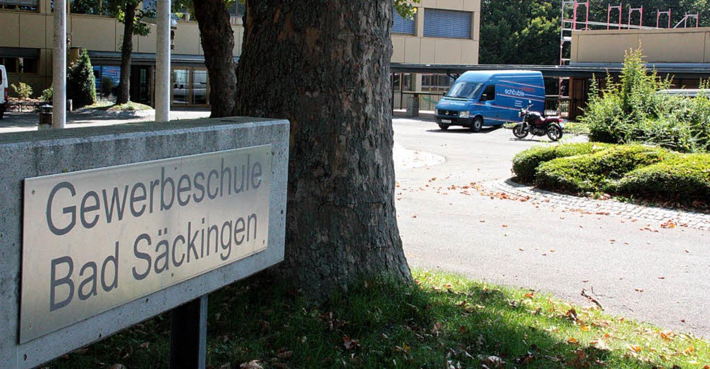 Nicht nur die Gewerbeschule in Bad Säc...n erwartet dieses Jahr viele Schüler.   | Foto: Jörn Kerckhoff