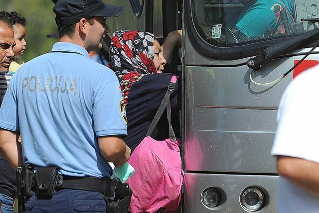 Flüchtlinge ziehen über Kroatien statt über Ungarn