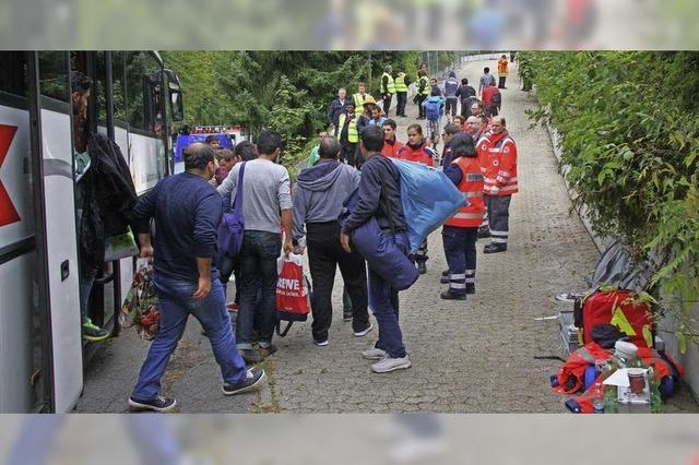 Flüchtlinge: Landrat Scherer spricht von einem Notstand