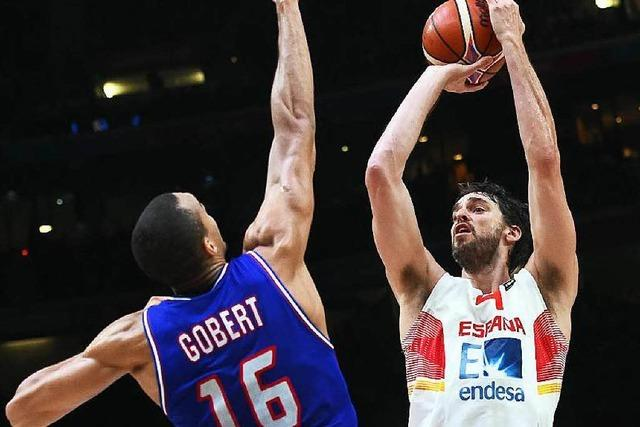 Spanien nach Krimi gegen Gastgeber Frankreich im Finale
