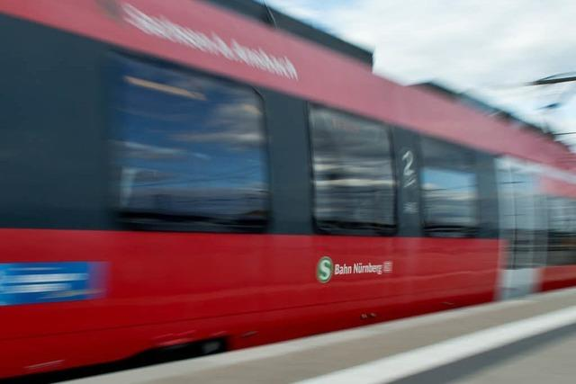 Fahrer ohnmächtig – S-Bahn rast führerlos durch Haltestellen