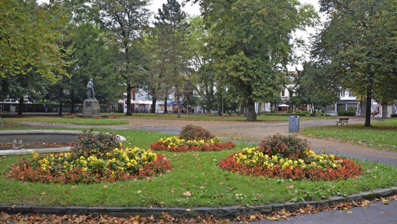 Hebelpark: Der beliebte innerstädtisch...Hebel-Denkmal wird 2016  umgestaltet.   | Foto: Nikolaus Trenz