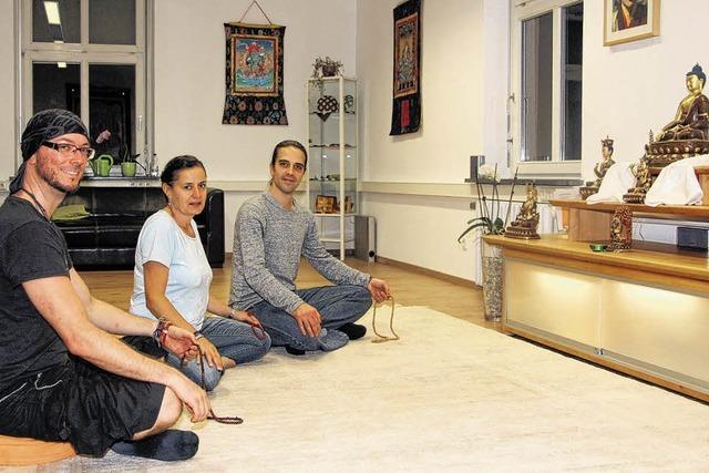 Buddhisten öffnen Türen