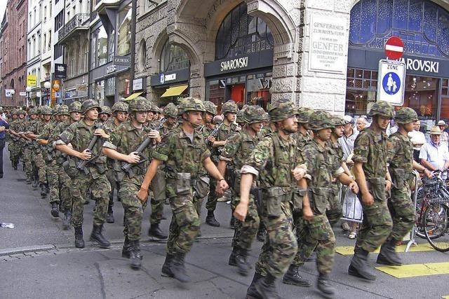 5000 Schweizer Soldaten üben den Schutz der eigenen Grenze