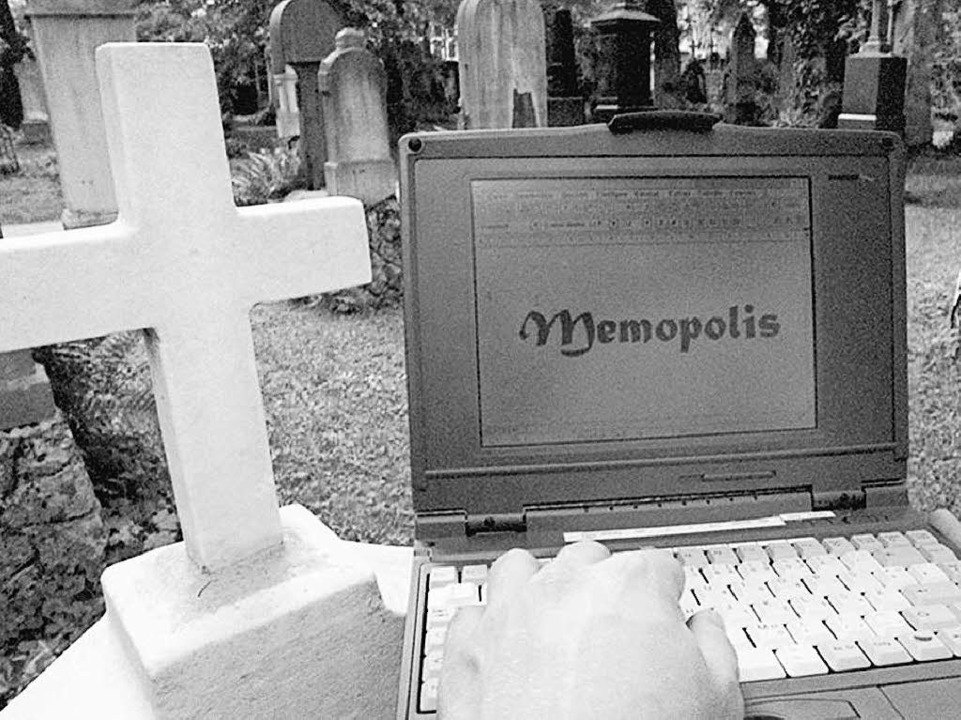 Was mit dem digitalen Nachlass passier...nschen gleichgültig. Warum eigentlich?  | Foto: Stefan_Kiefer