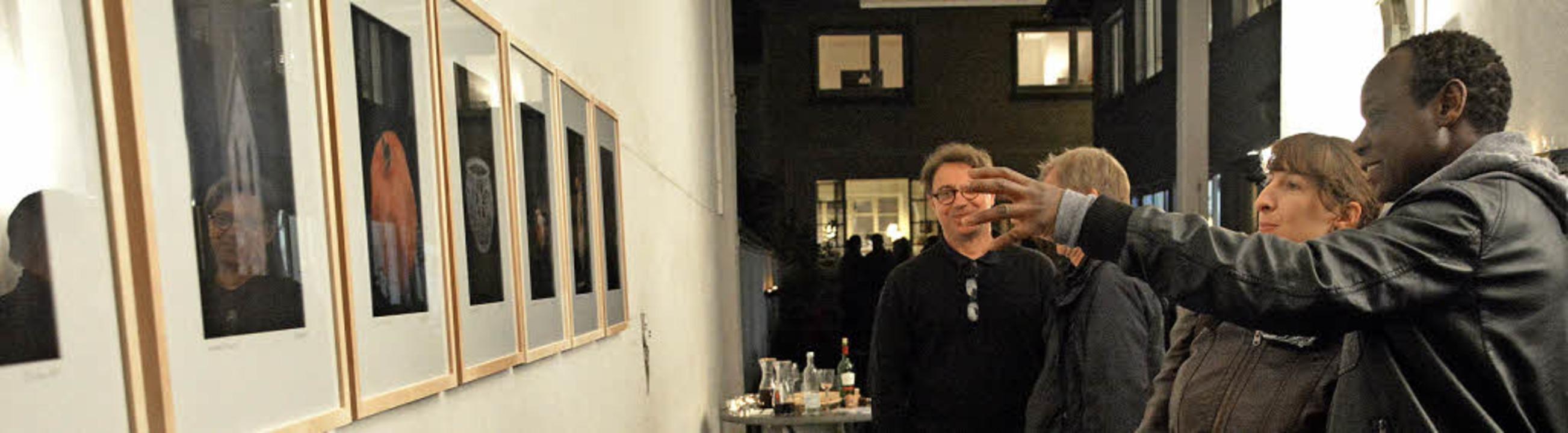 Robby Walters Fotografien faszinierten...en Künstlerin ins Auge (rechtes Bild).    Foto: Barbara Ruda