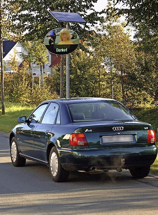 Ein Dank all denen, die langsam fahren...d  wünscht der Rotzler Ortschaftsrat.     Foto: RTB GmbH