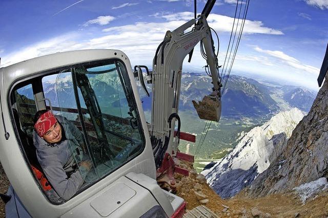 Arbeiten in 3000 Metern Höhe - neue Seilbahn