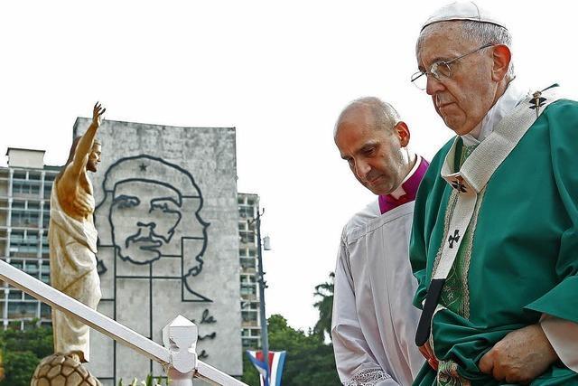 Papst warnt vor Ideologien