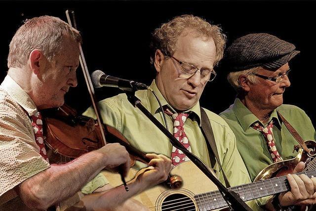 Matching Ties-Trio spielt im Haus am See