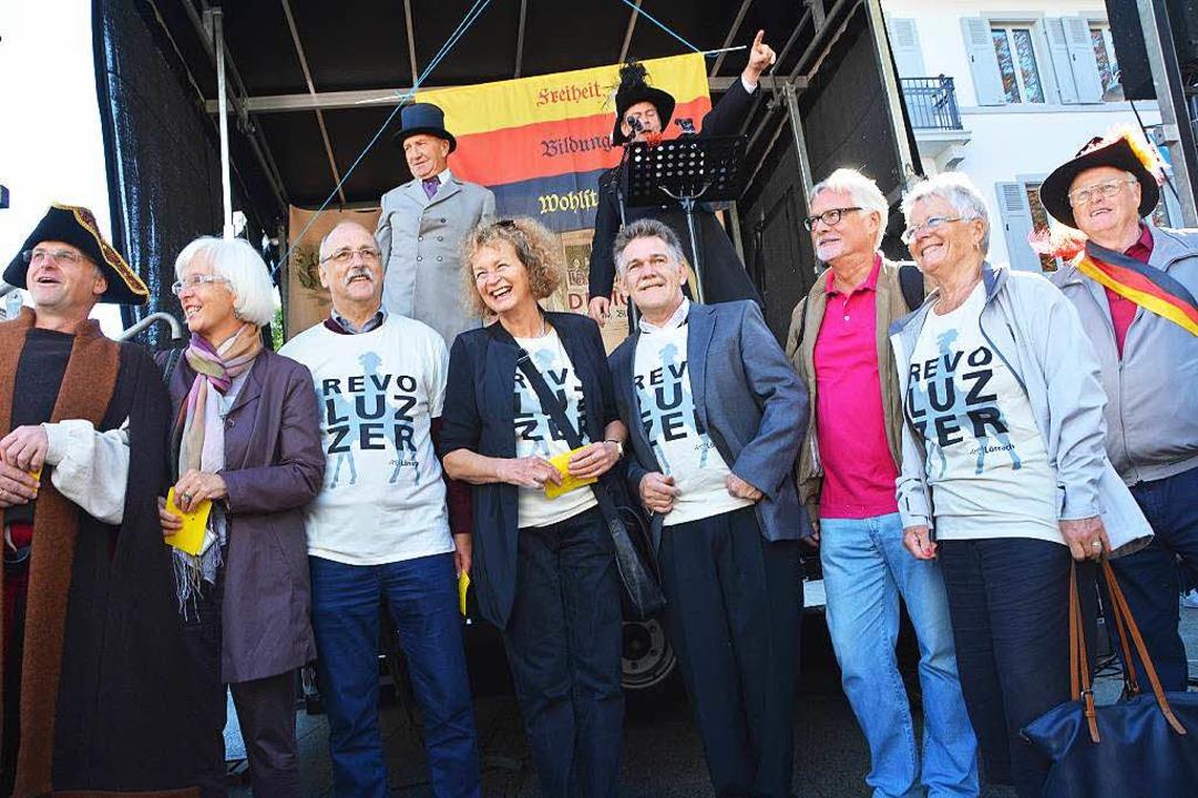 Die entmachteten Ratsvertreter mit Alt-Oberbürgermeisterin Gudrun Heute-Bluhm  | Foto: Barbara Ruda