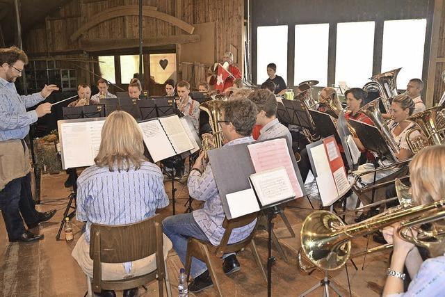 Viele feiern mit Bleichheims Musikern