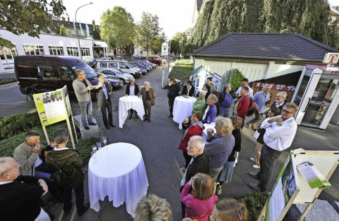Uli Armbruster war einer der Redner am...atz zwischen Wilhelm- und Moltkestraße    Foto: Kunz