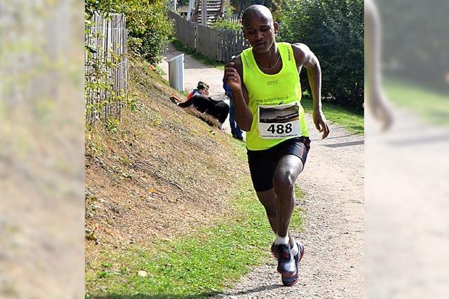 Der 17-jährige Ablelom Kufulu gewinnt mit Streckenrekord