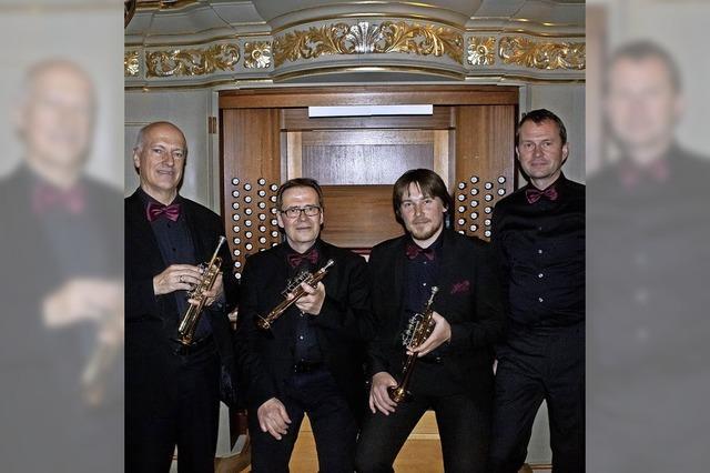 Das Bach-Trompetenensemble München und der Organist Gerhard Gnann im Freiburger Münster