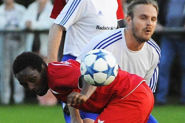 Team Afrika besiegt BZ-Team: Fußball hilft integrieren