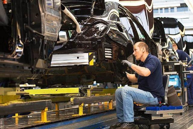 Daimler will die Belegschaft länger fit halten