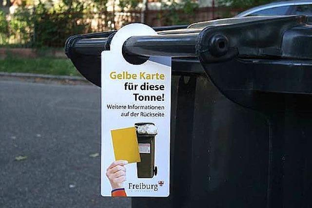 Müllabfuhr verteilt mehr als 600 gelbe Karten