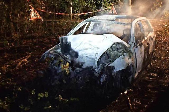 Rheinfelden/Schweiz: Fünf Männer in Auto verbrannt