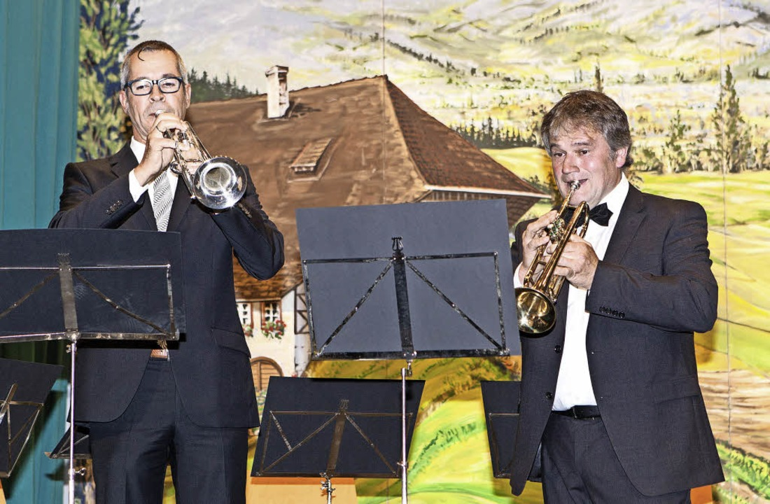 Musikalisch umrahmt wurde die Jubiläum...tett oder Saxophon-Quintett auftraten.  | Foto: Photographer: Gabriele Zahn
