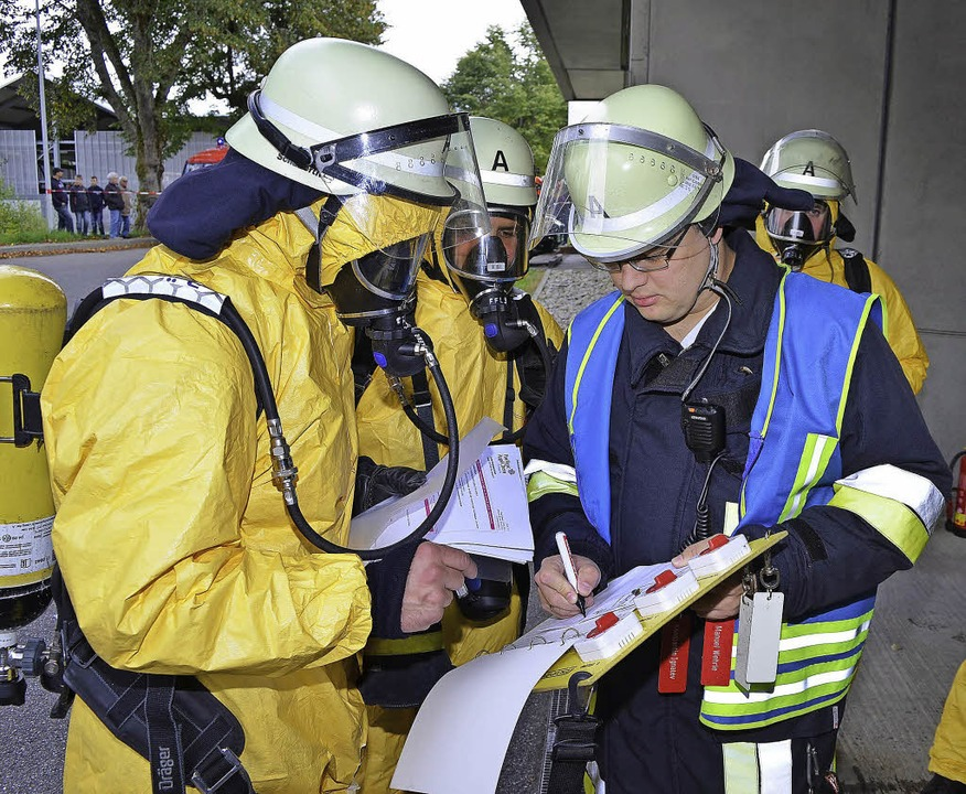Gefahrgutübung in Lenzkirch  | Foto: Kamera24