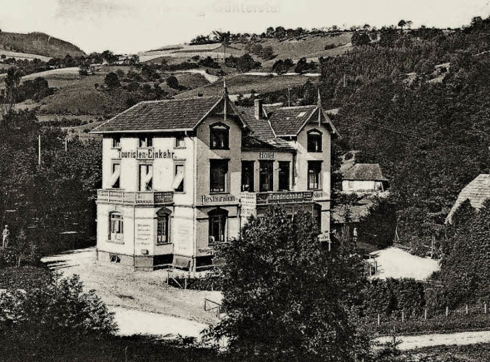Veränderungen am Erscheinungsbild des ...n Jahren 1903 (links) und 1950 zeigen.  | Foto: Archiv Hans Sigmund