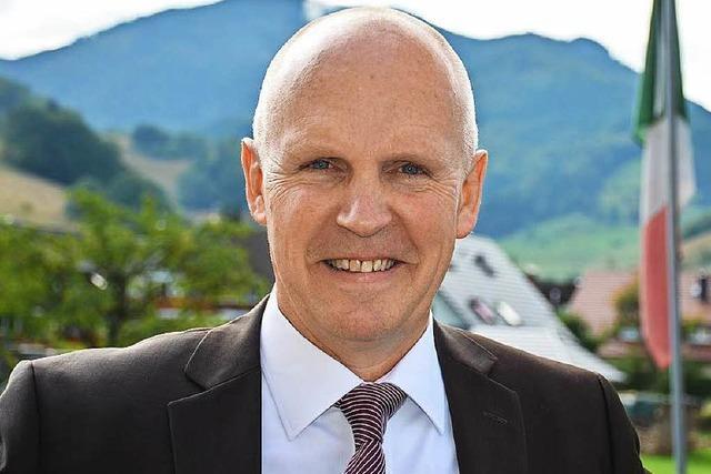 Bürgermeister Rüdiger Ahlers im Amt bestätigt