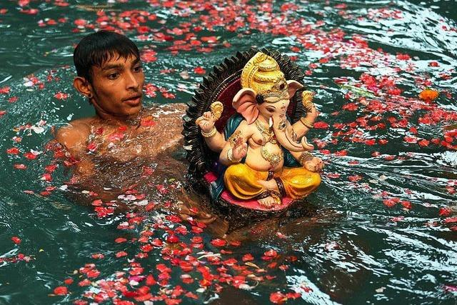 Ganesha Chaturthi: Hindu-Zeremonie belastet Gewässer
